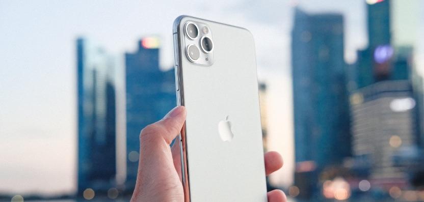 iphone 11 pro vs pro max