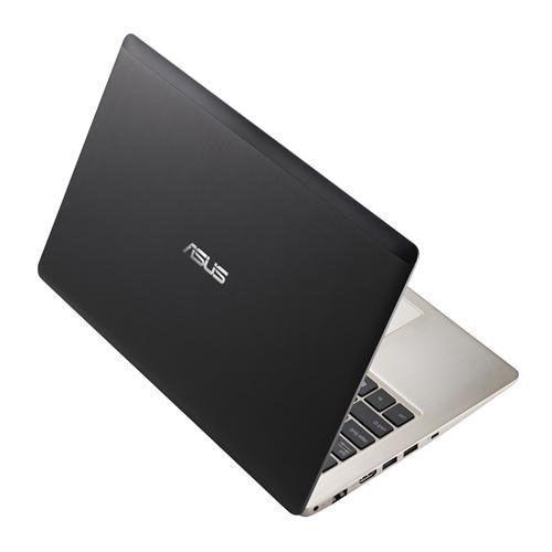 Asus S200E-AR5B125 Noir -  2.4 GHz - SSD 320 Go - RAM 4 Go Go - AZERTY