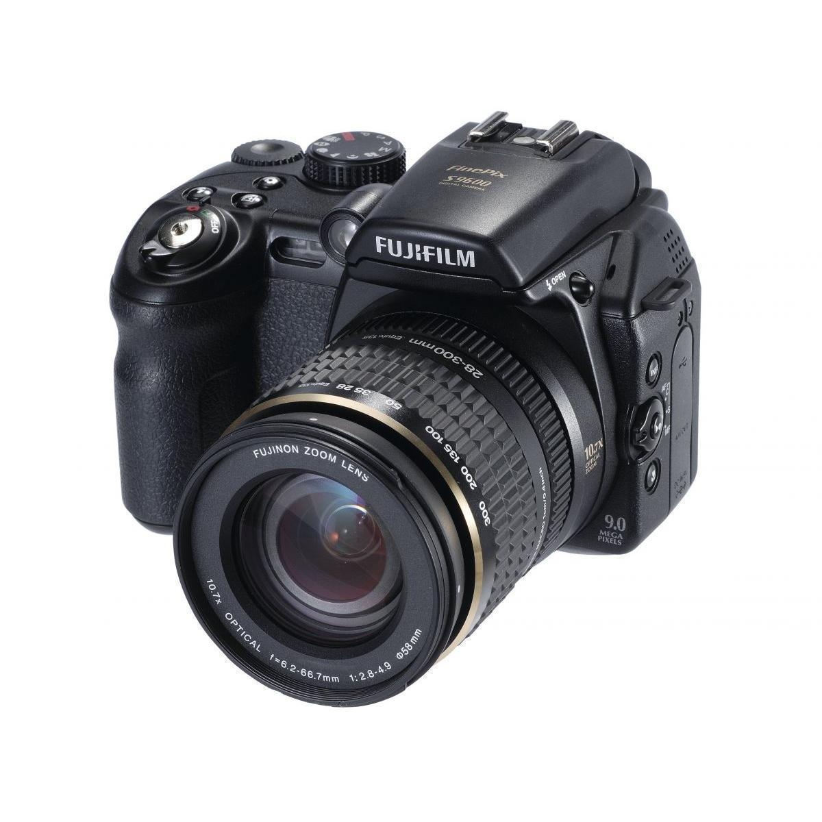 Fujifilm - FinePix S9600 9 MP