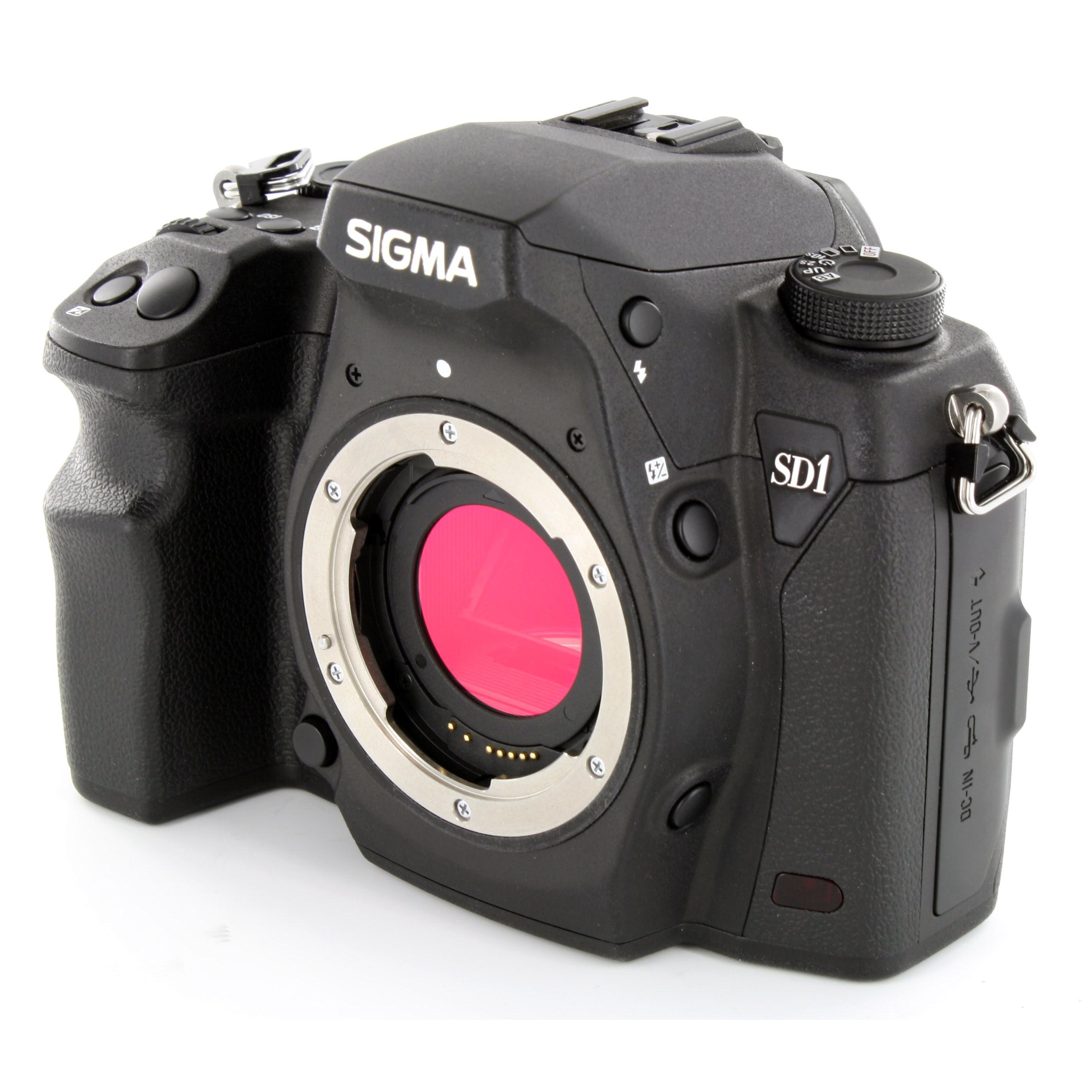 Reflex - Sigma SD1 Merrill Boitier nu