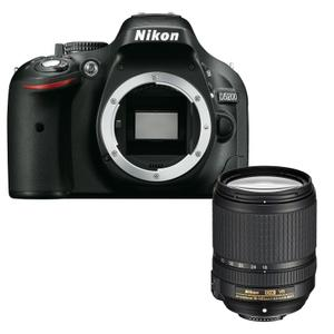 Reflex - NIKON D5200 - Noir + Objectif 18-140 mm