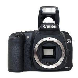 Reflex Canon EOS 20D - Schwarz + Objektiv Canon EFS 18-55mm f/3.5-5.6 IS II
