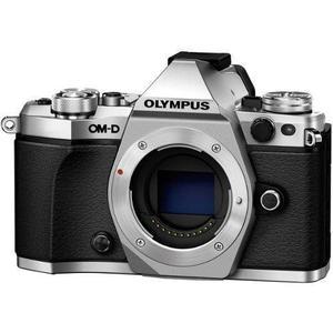 Olympus OM-D EM-5 Hybrid 16Mpx - Silver/Black