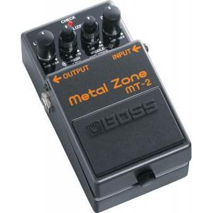 Efektipedaali BOSS MT-2 Metal Zone - Musta