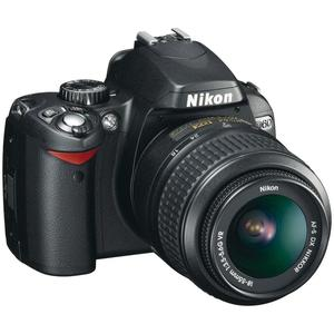 Spiegelreflexkamera - Nikon D60 - Schwarz + Objektiv 18-55mm