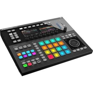 Native Instruments Maschine Studio Audio accessoires