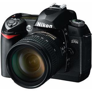 Reflex - Nikon D70 + Objectif 18-70mm - Noir