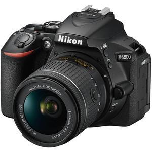 Reflex Nikon D5600 + AF-P 18-55 VR