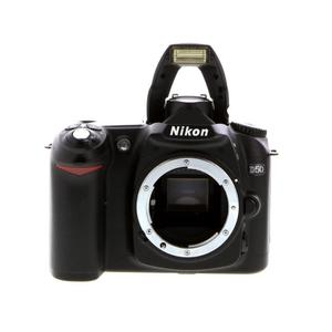 Yksisilmäinen peiliheijastuskamera Nikon D50 vain vartalo - Musta