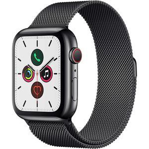 Apple Watch (Series 5) Septembre 2019 44 mm - Aluminium Gris sidéral - Bracelet Milanais Noir