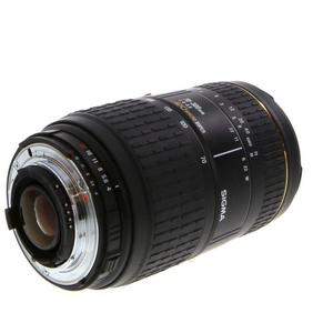 Sigma 70-300mm f/4-5.6 APO Macro Super Monture Nikon