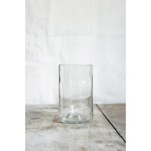 4 longs verres transparents, fabriqués à partir de culs de bouteilles.
