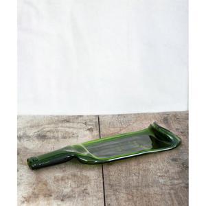 Planche « Débattre », fabriqué à partir d'une bouteille de vin.