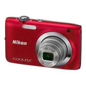 Nikon Coolpix S2600 - Kompaktikamera - Punainen + Nikkor Wide Optical Zoom 4.6-23 mm f/3.2-6.5 Objektiivi