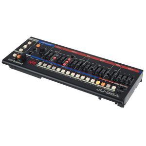 Roland JU-06A Musikinstrumente
